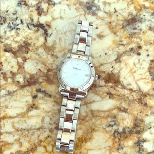 Genuine Salvatore Ferragamo 33 mm woman's watch